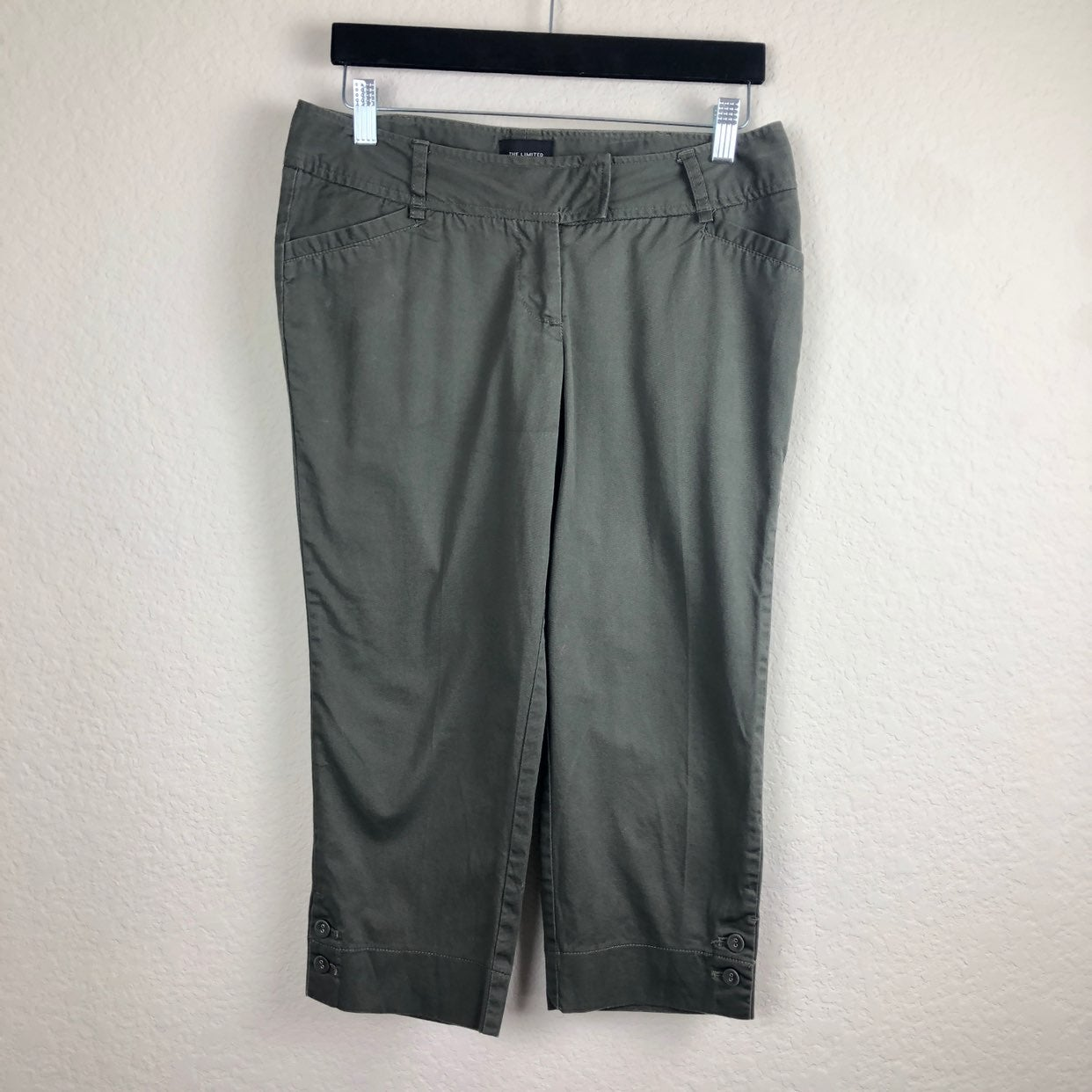 The Limited Green/Gray Drew Fit Crop