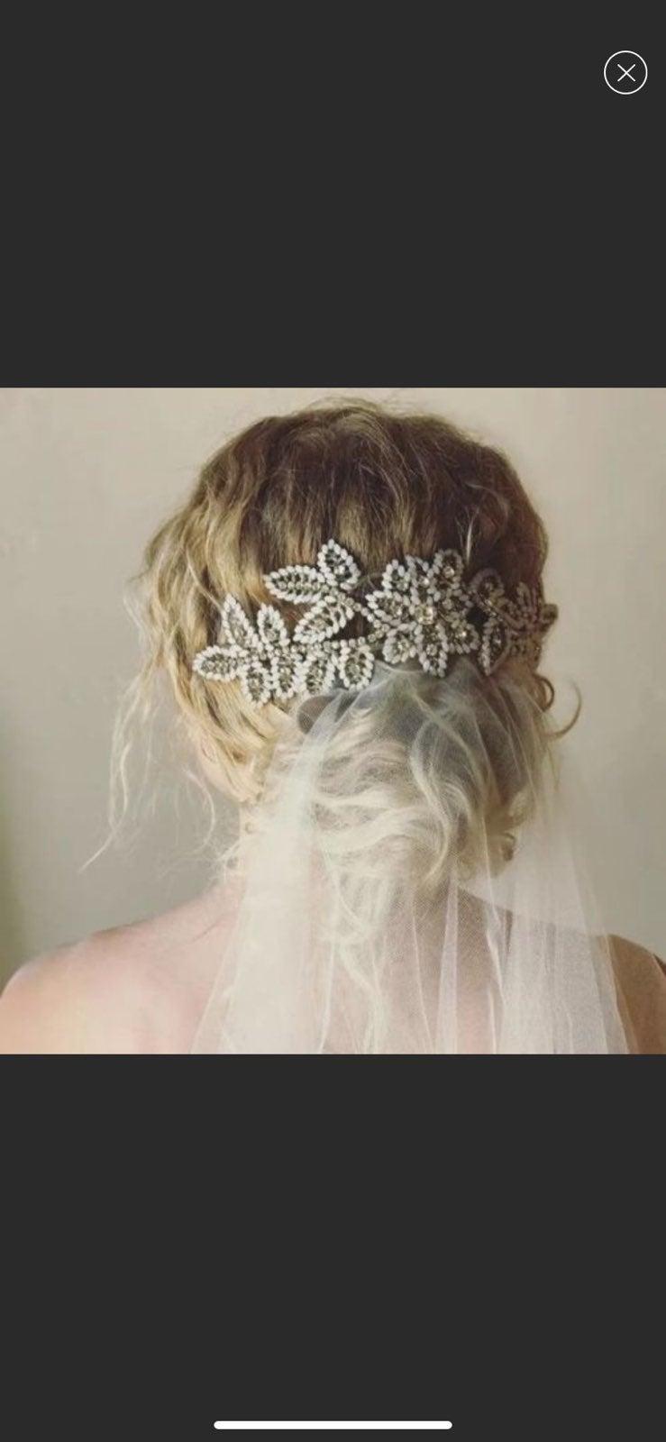 Untamed Petals Allegra Bridal Headpiece
