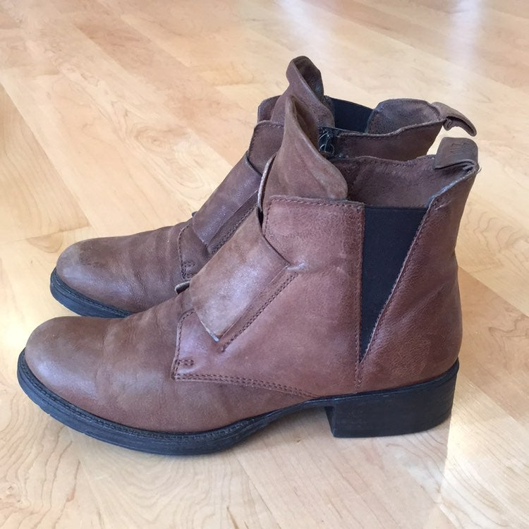 Miz Mooz Nicholas leather boots 39