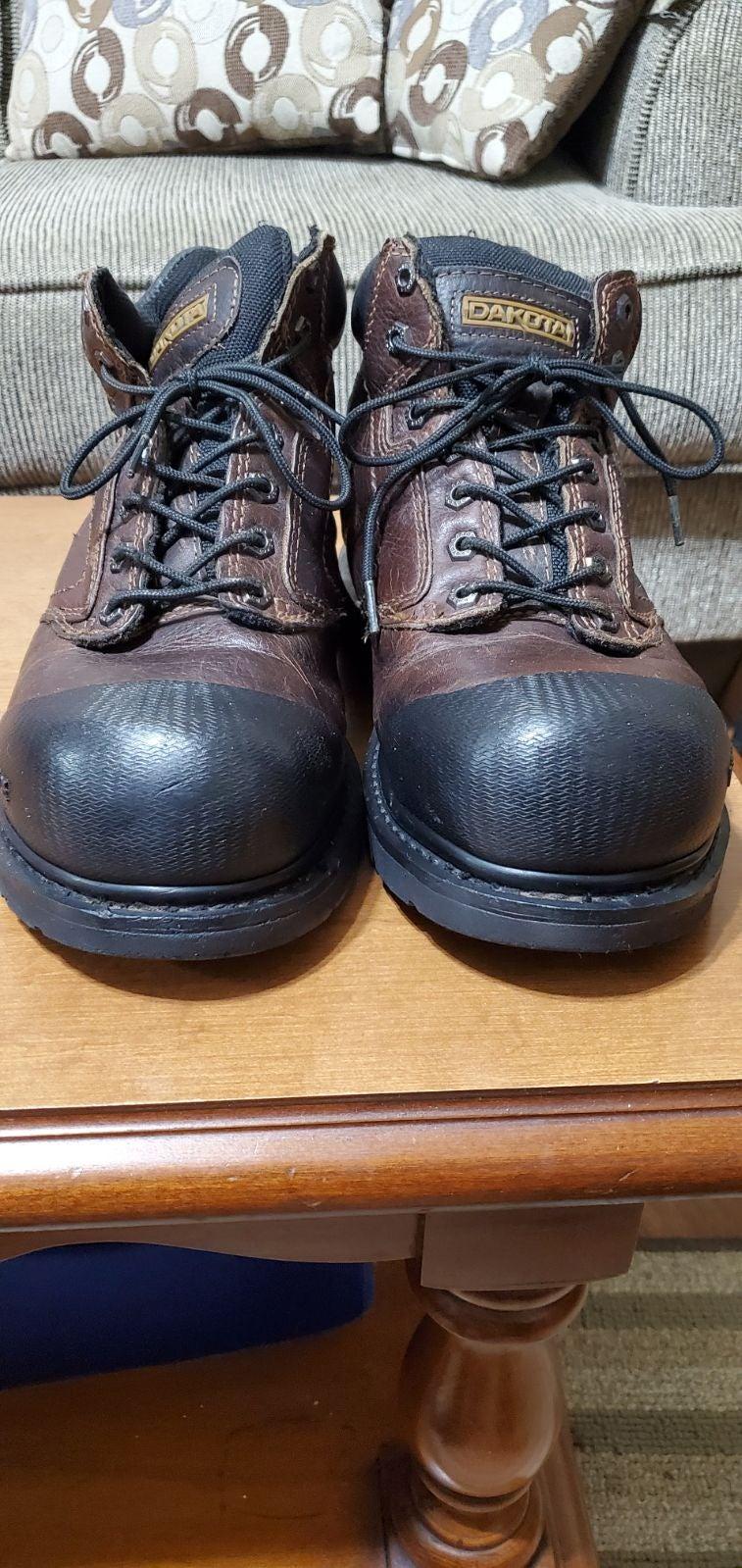 Dakota size 9 steel toe work boots
