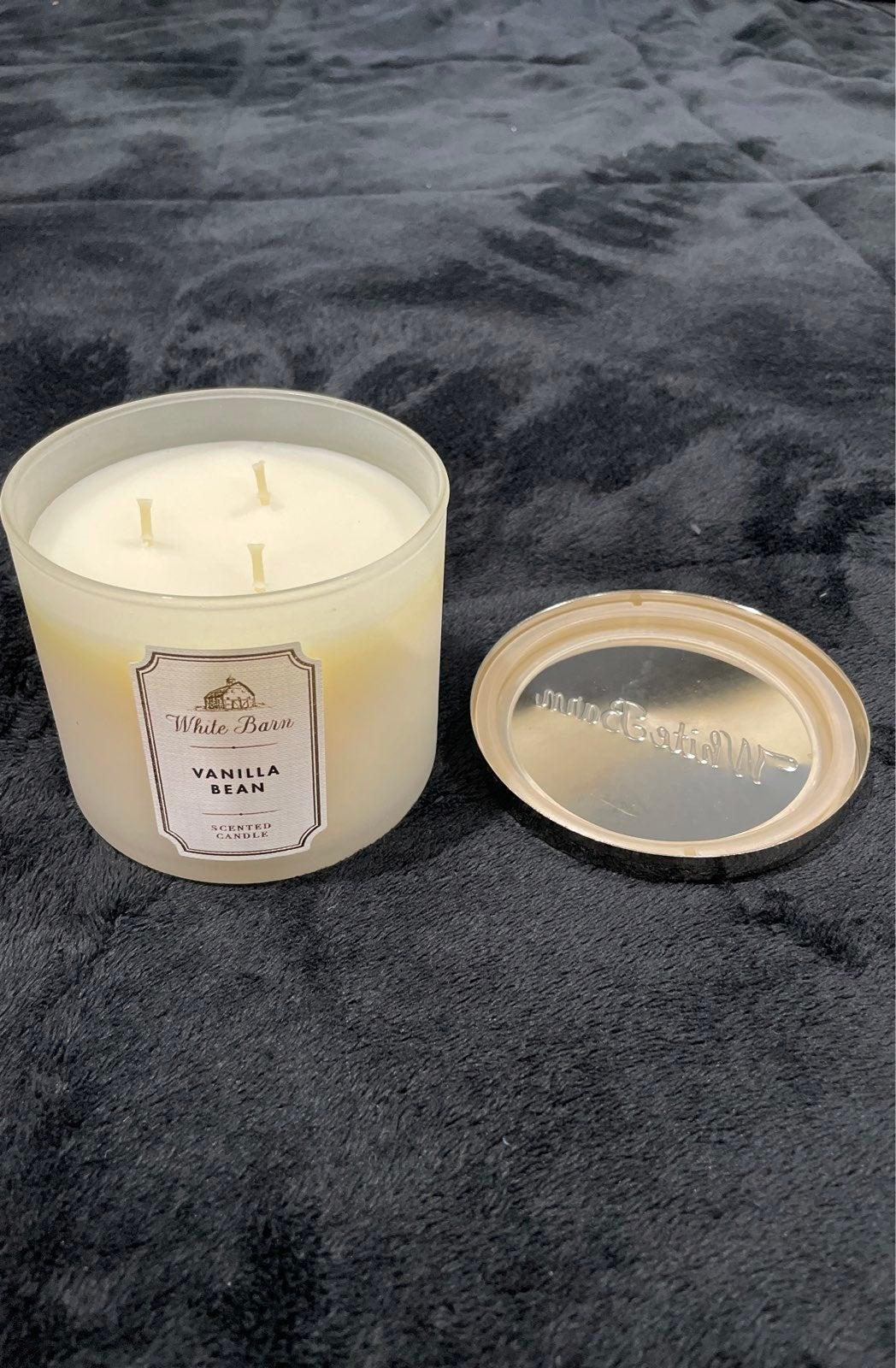 White Barn Vanilla bean candle