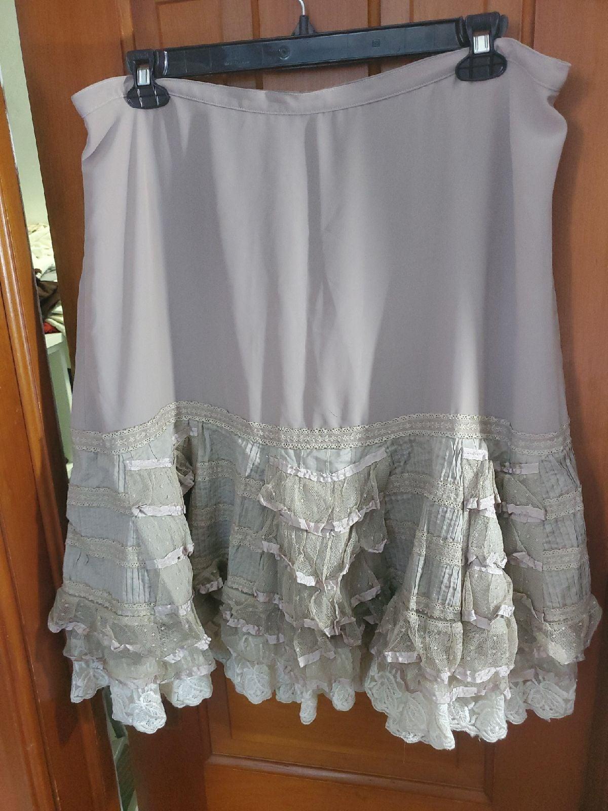 Size 18 Lane Bryant vintage look lace sk