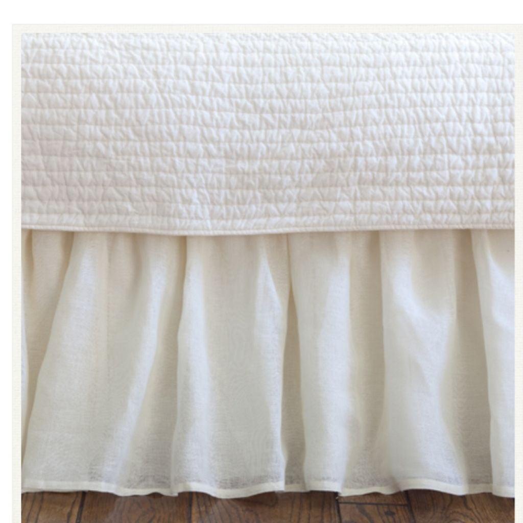 """$300 TAYLOR LINENS Voile bedskirt 18"""" K"""