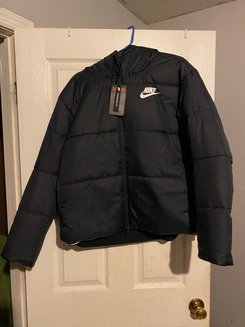 Womens Nike Thermore Puffer Jacket XL