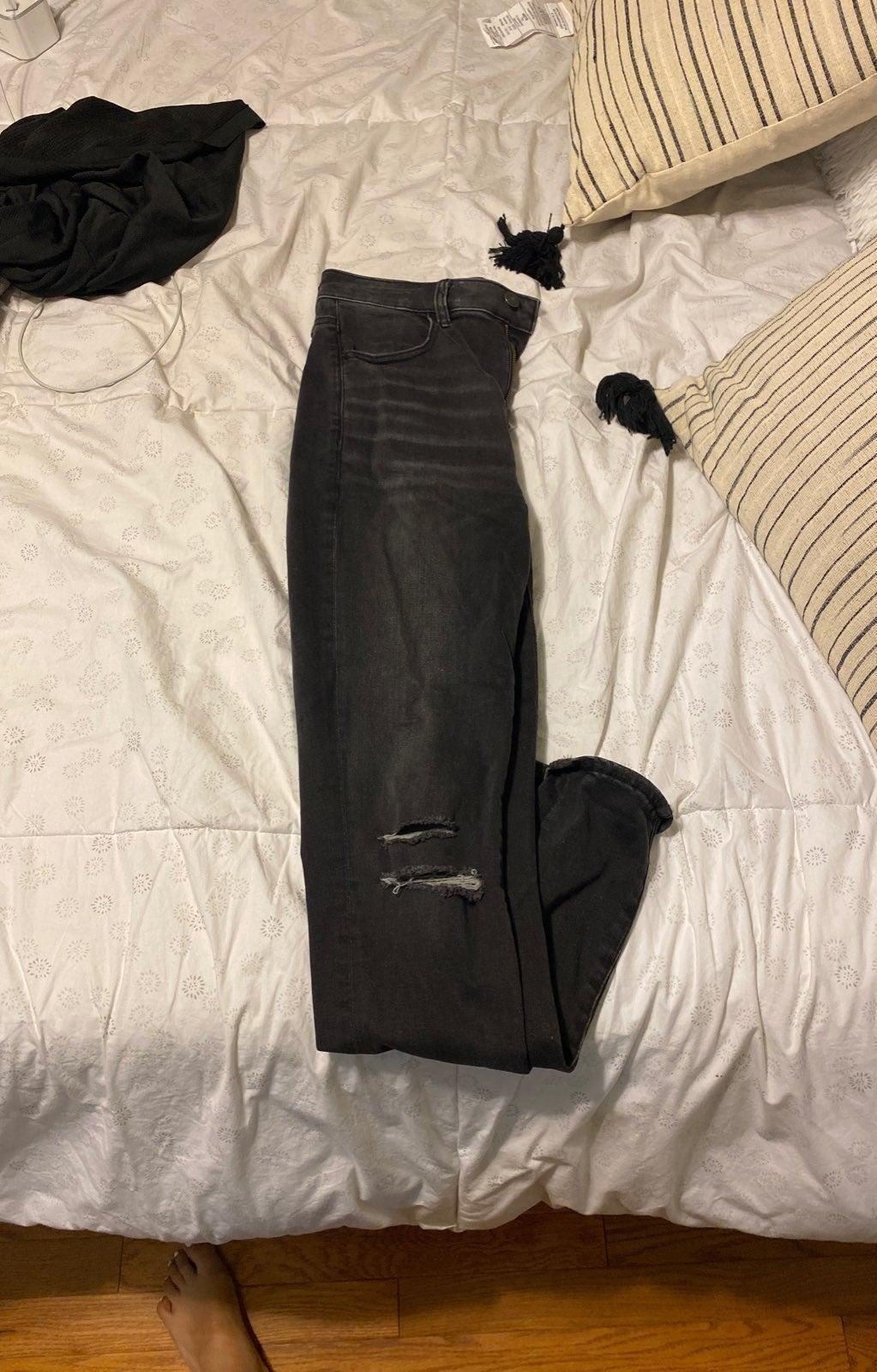 American Eagle light Black wash jeans 6!