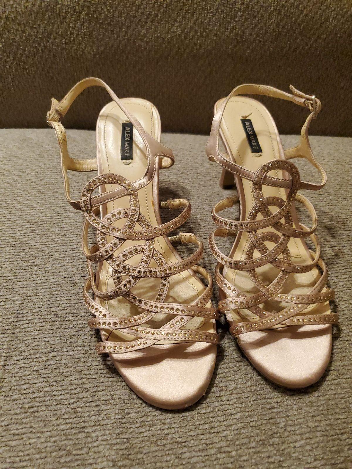 Womens heels size 9.5