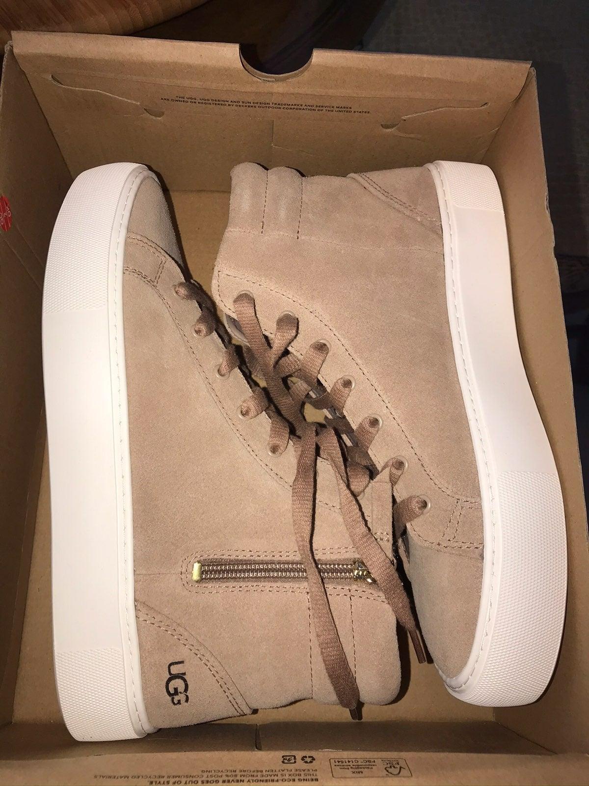 NIB Ugg Olli sneakers size 8