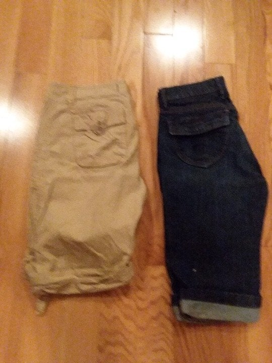 American Eagle and Old Navy Bermuda