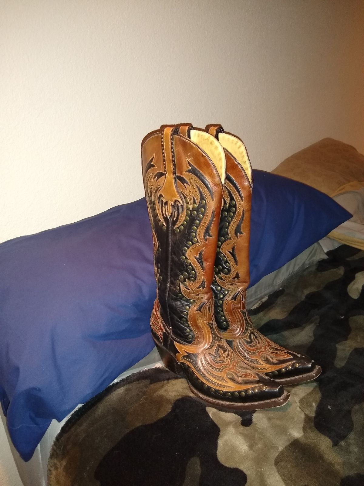 Women's Cowgirl Boots 7 M