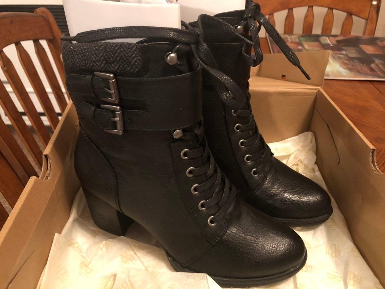 G. H. Bass & Co. Womens Boots