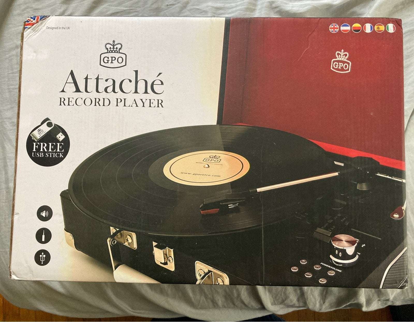 GPO Briefcase Record Turntable Read