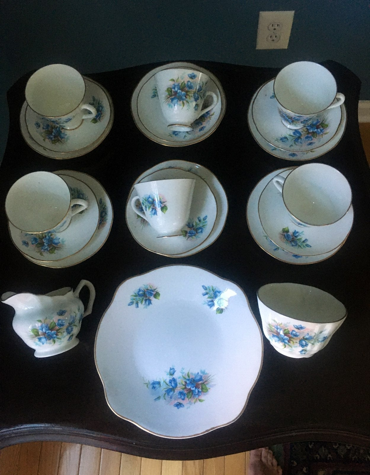 Royal tara blue set