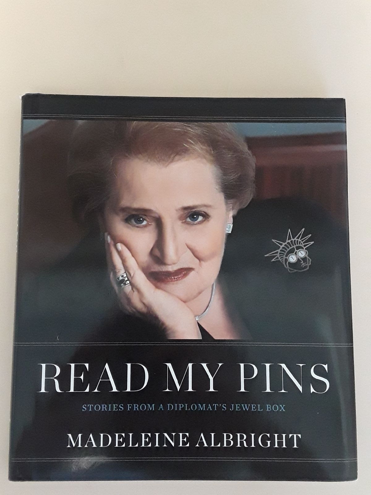 Read My Pins by Madeleine Albright-1stEd