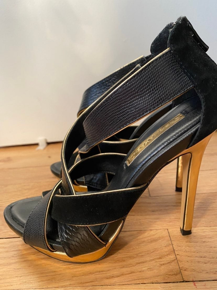 bcbgmaxazria black and gold heels sandal