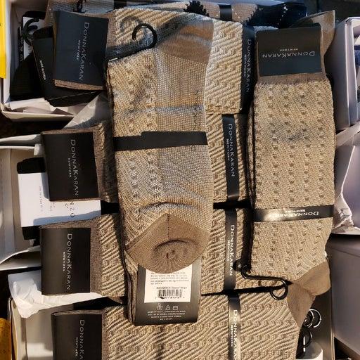 6 pairs Donna karan  Men's dress socks s