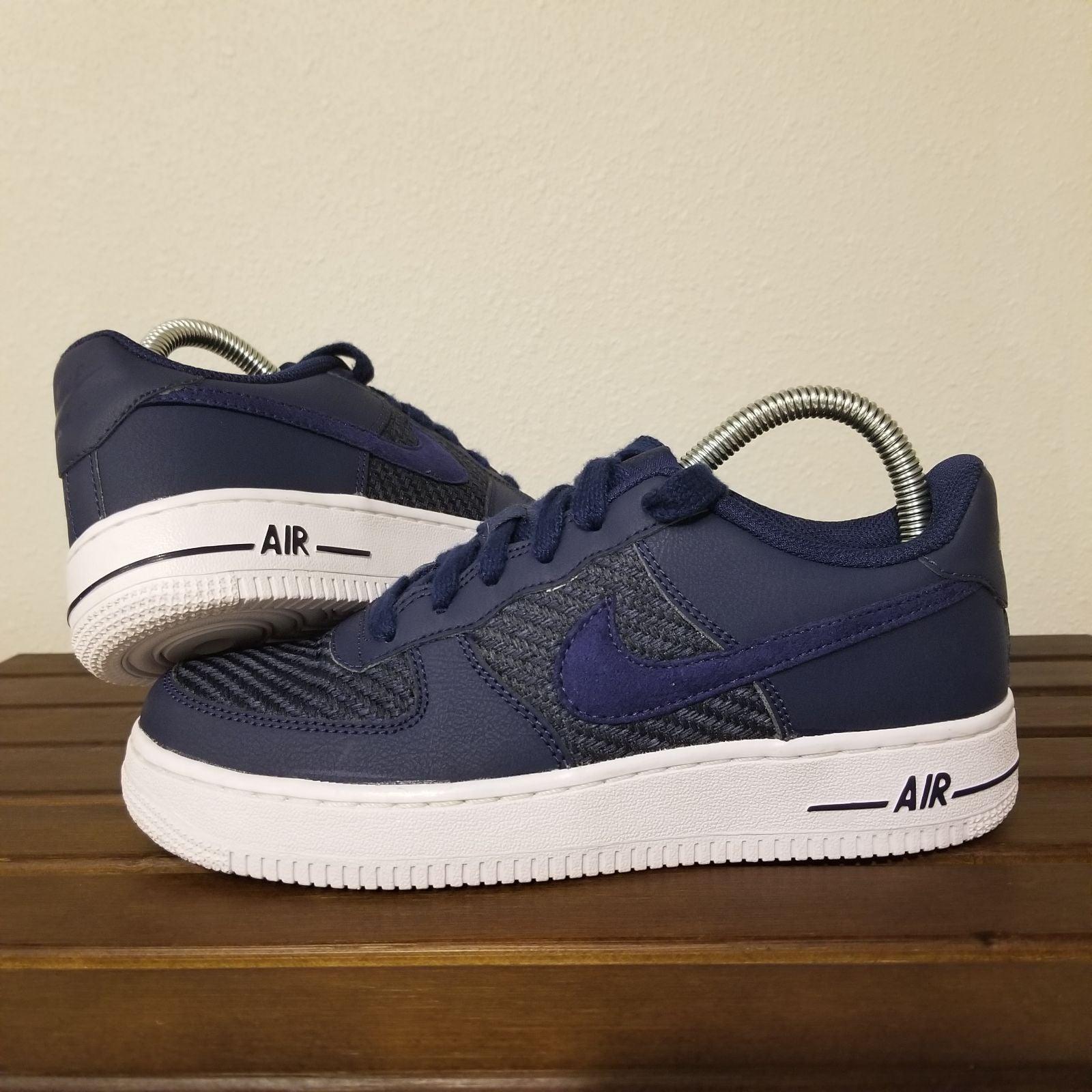 Nike Air Force 1 LV8 Navy White 7