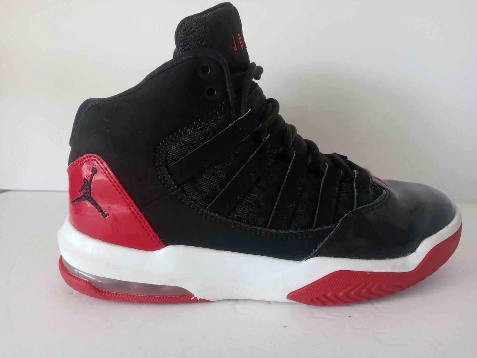 Nike Air Jordan 11 RETRO Youth's SZ 4.5