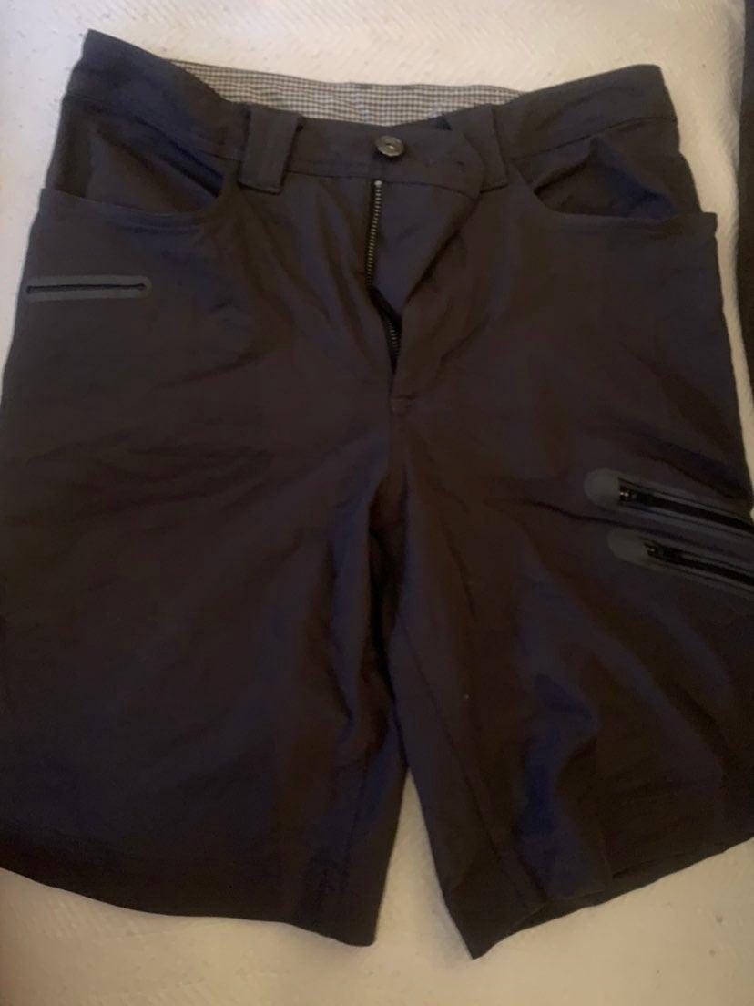 Lululemon athletica mens shorts