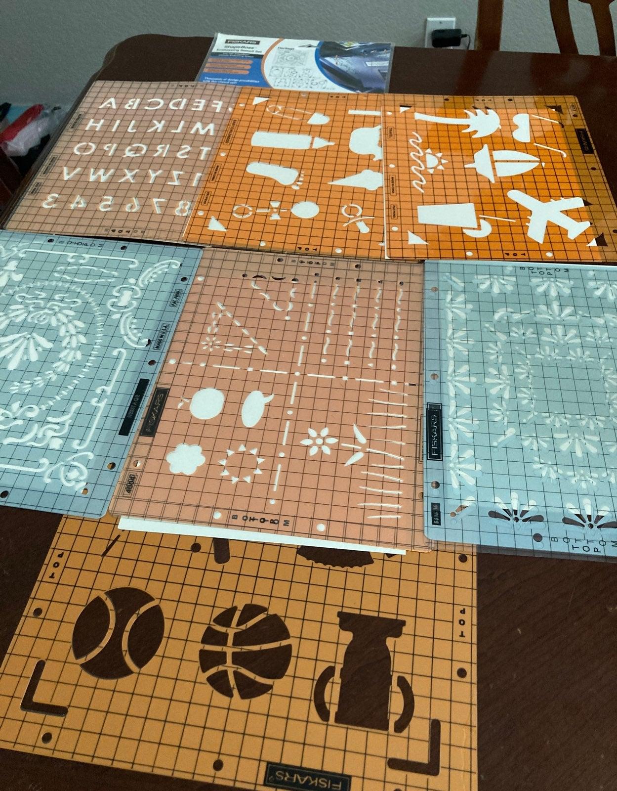 Fiskars Embossing Stencil ShapeBoss Set