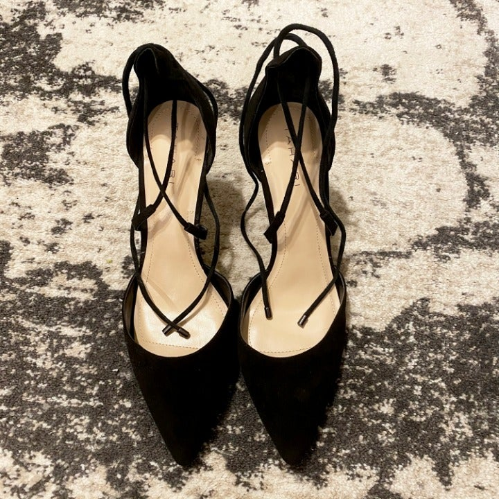 NEW Tahari Suede Blair Heel Black SZ 8.5