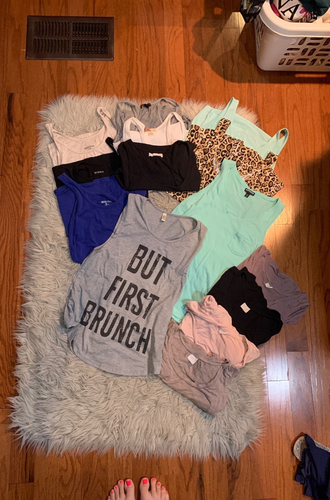 12 Tank Tops Bundle
