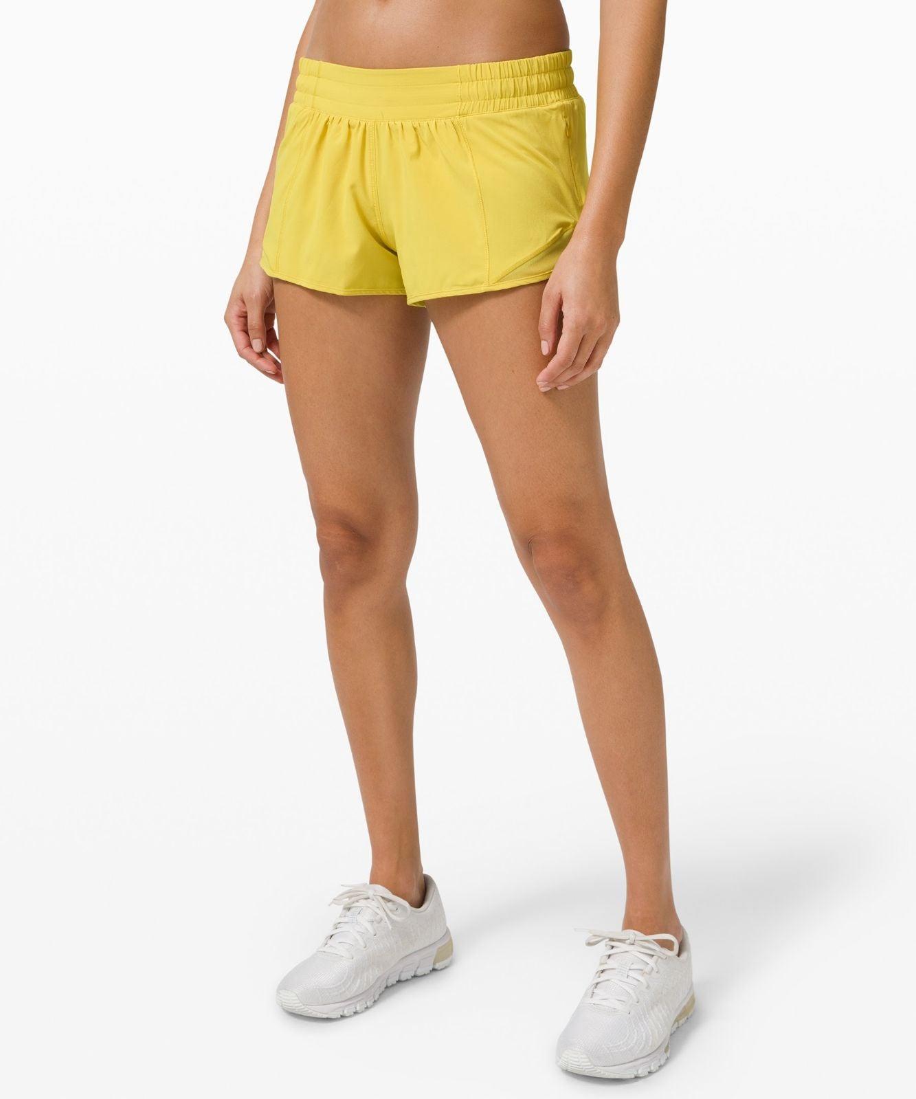 """NWT Lululemon Hotty Hot 2.5"""" Shorts 8"""