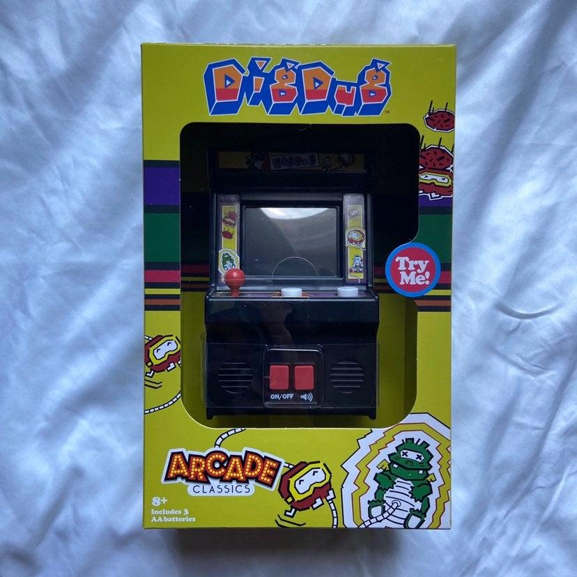 Mini Arcade Classics DIGDUG Game Handhel