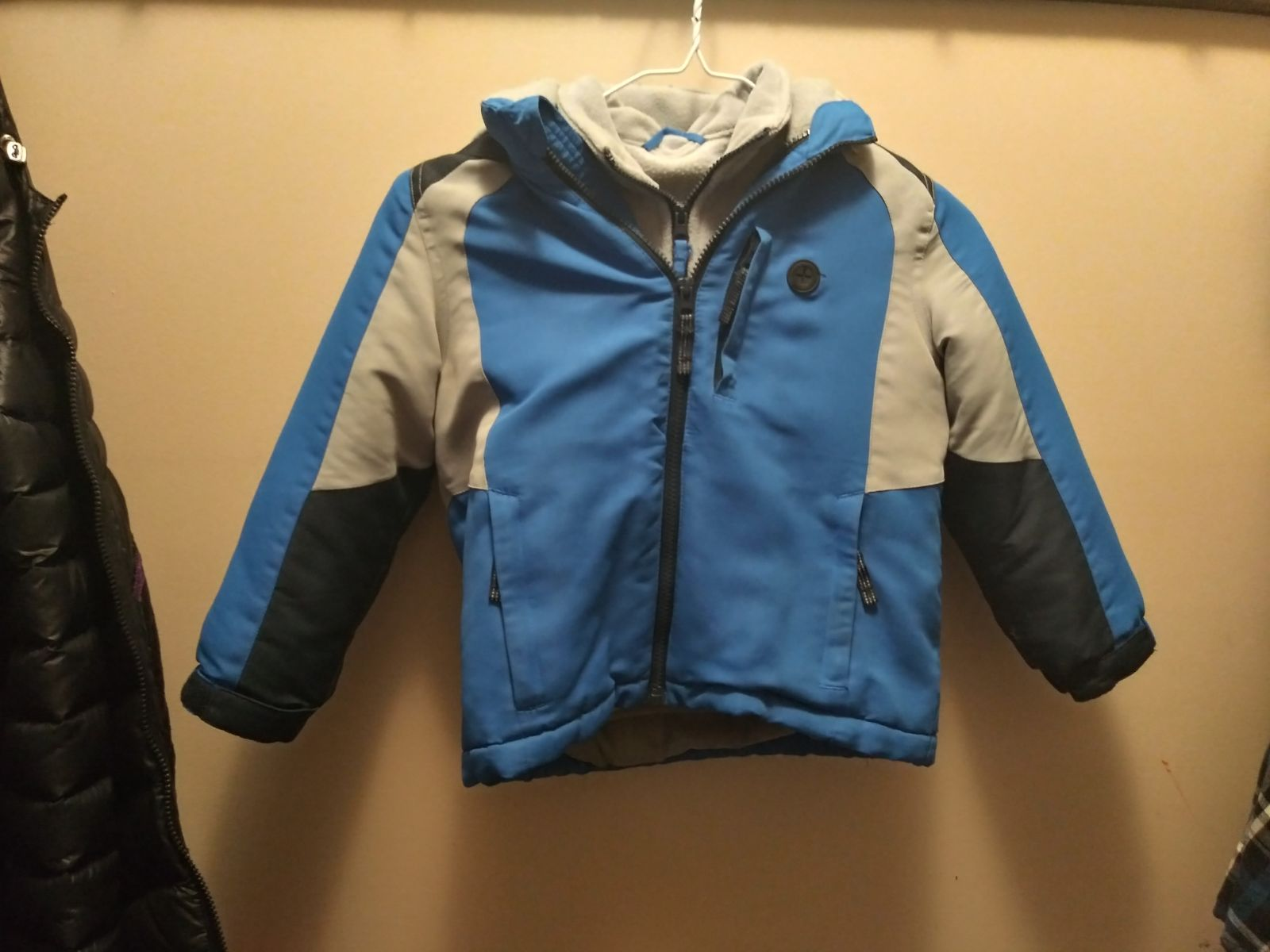 Boys double layer coat size 5/6