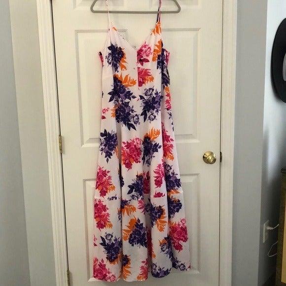 Bar lll White Floral Maxi Dress NWT