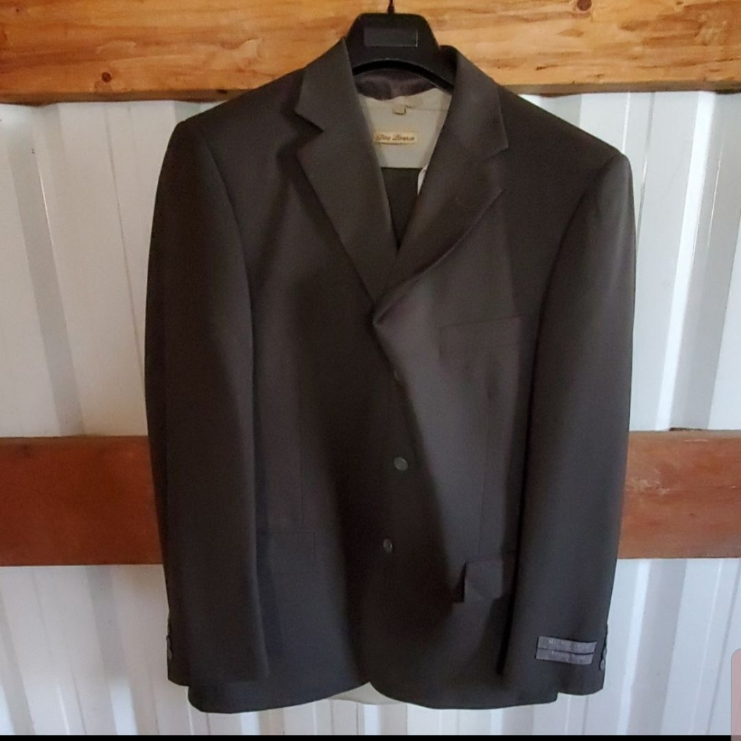 MENS Angelo Rossi Suit&Dino Loreno Shirt