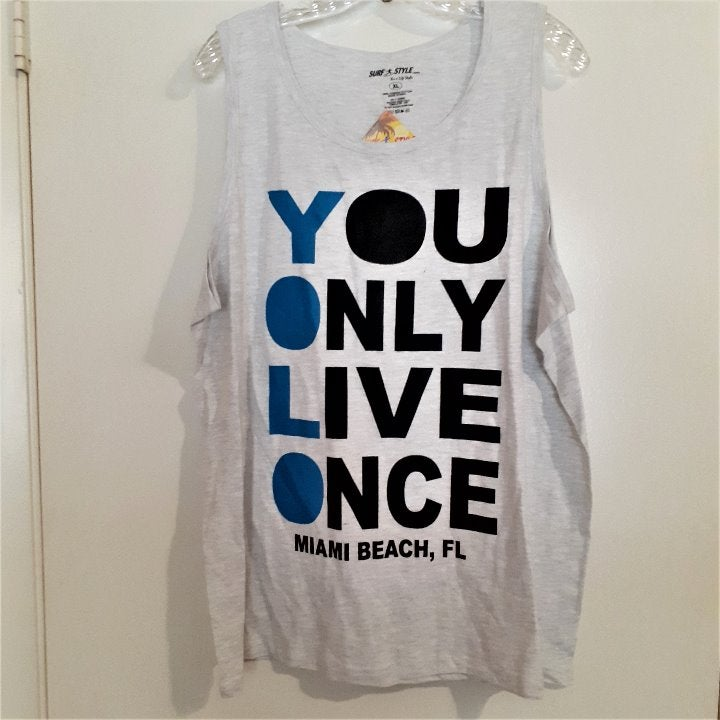 Surf Style gray graphic tank Size XL