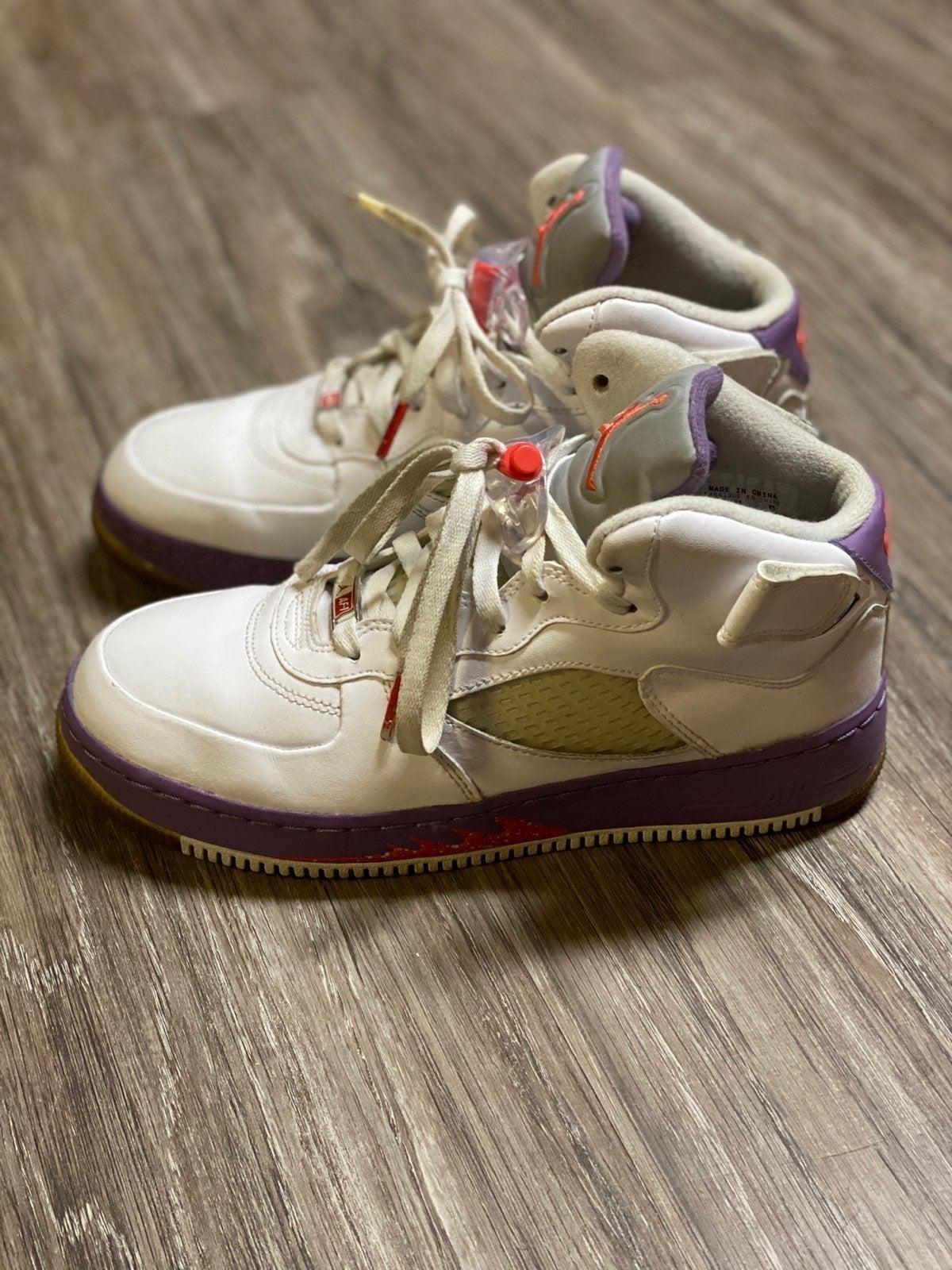 Jordan retro 5 Size: Youth 7