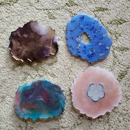 Set of 4 resin coasters