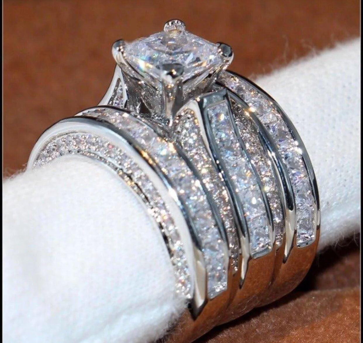 18K Princess White Sapphire Size 7