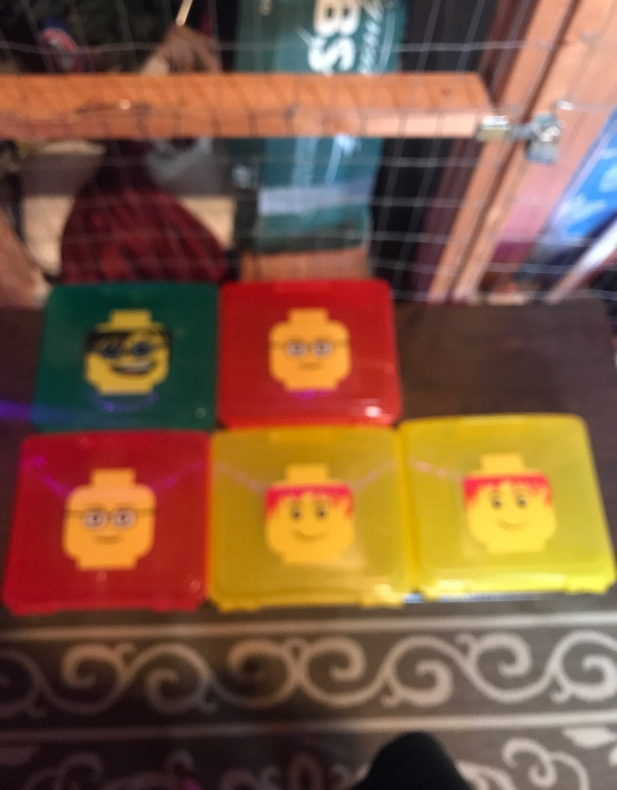 5 lego storage containers