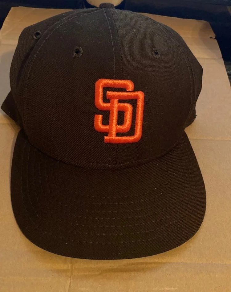 Vintage San Diego Padres Fitted Hat