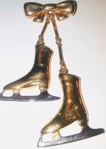 Gold Ice Skates Pin LR Skater Brooch
