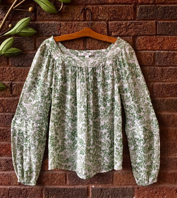 Lauren Conrad brand Blouse green and cre