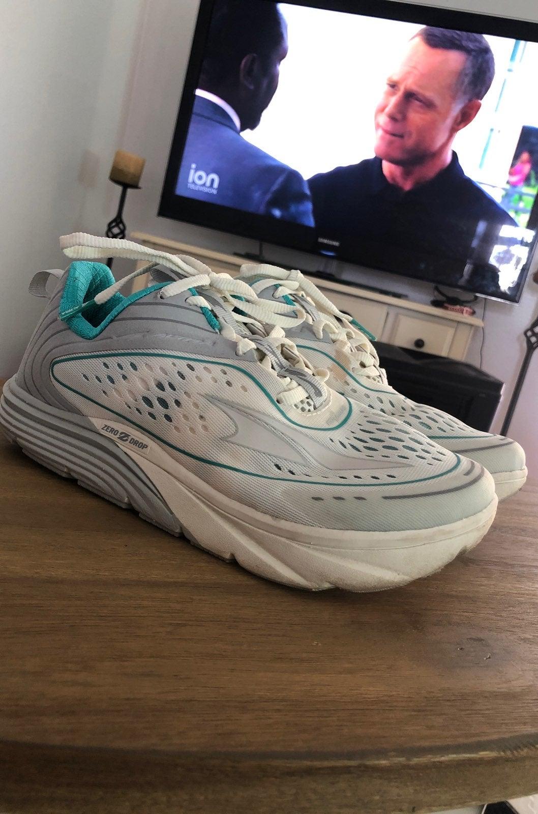 ALTRA torin 3.5 womens running shoes