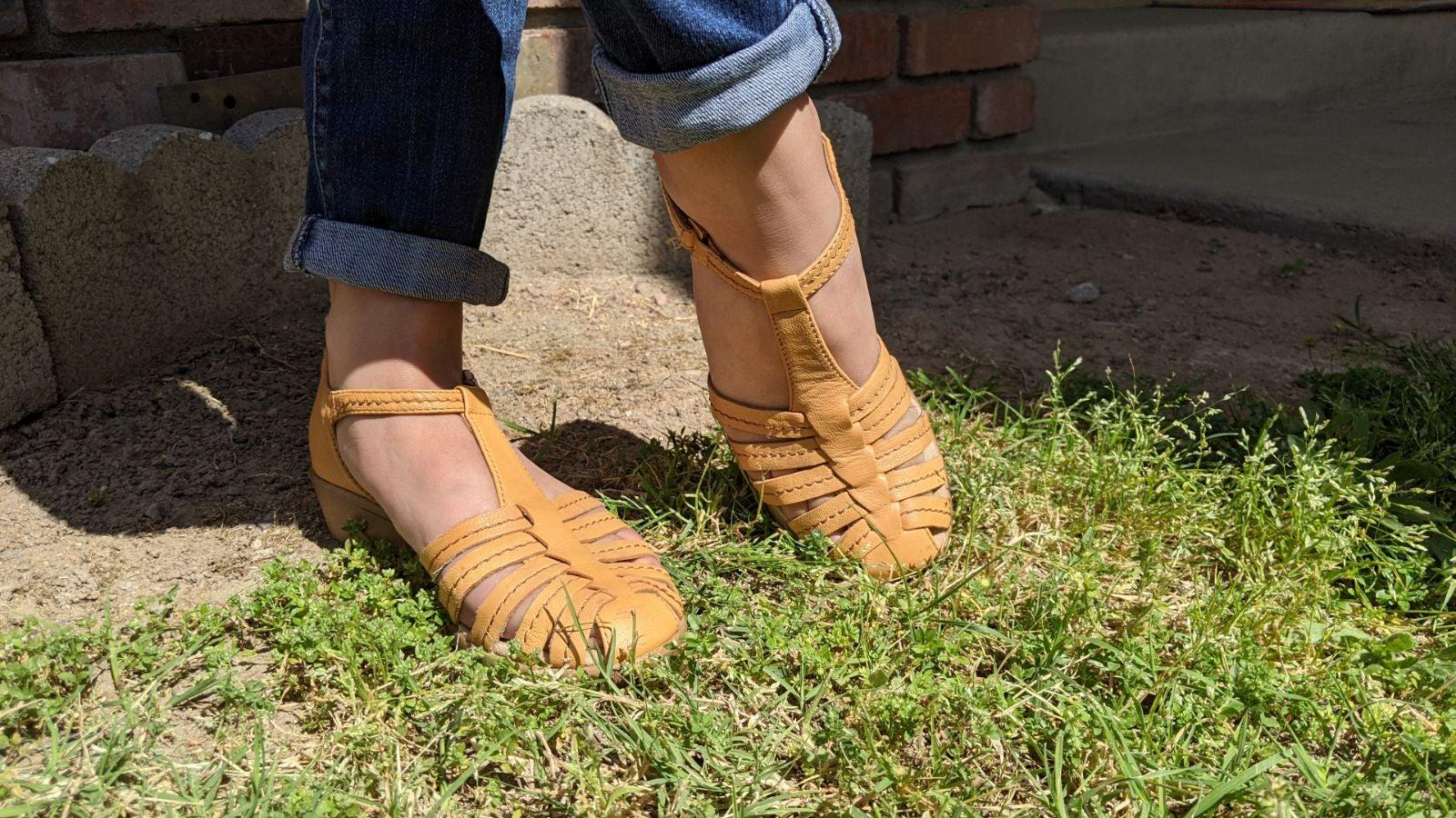 Easy Spirit Esryanne Close Toe Sandal