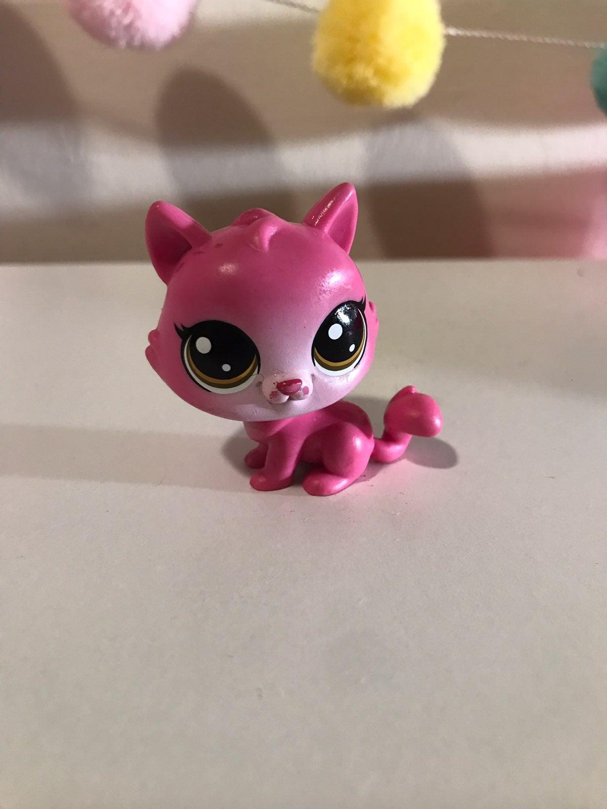 LPS pink Cat