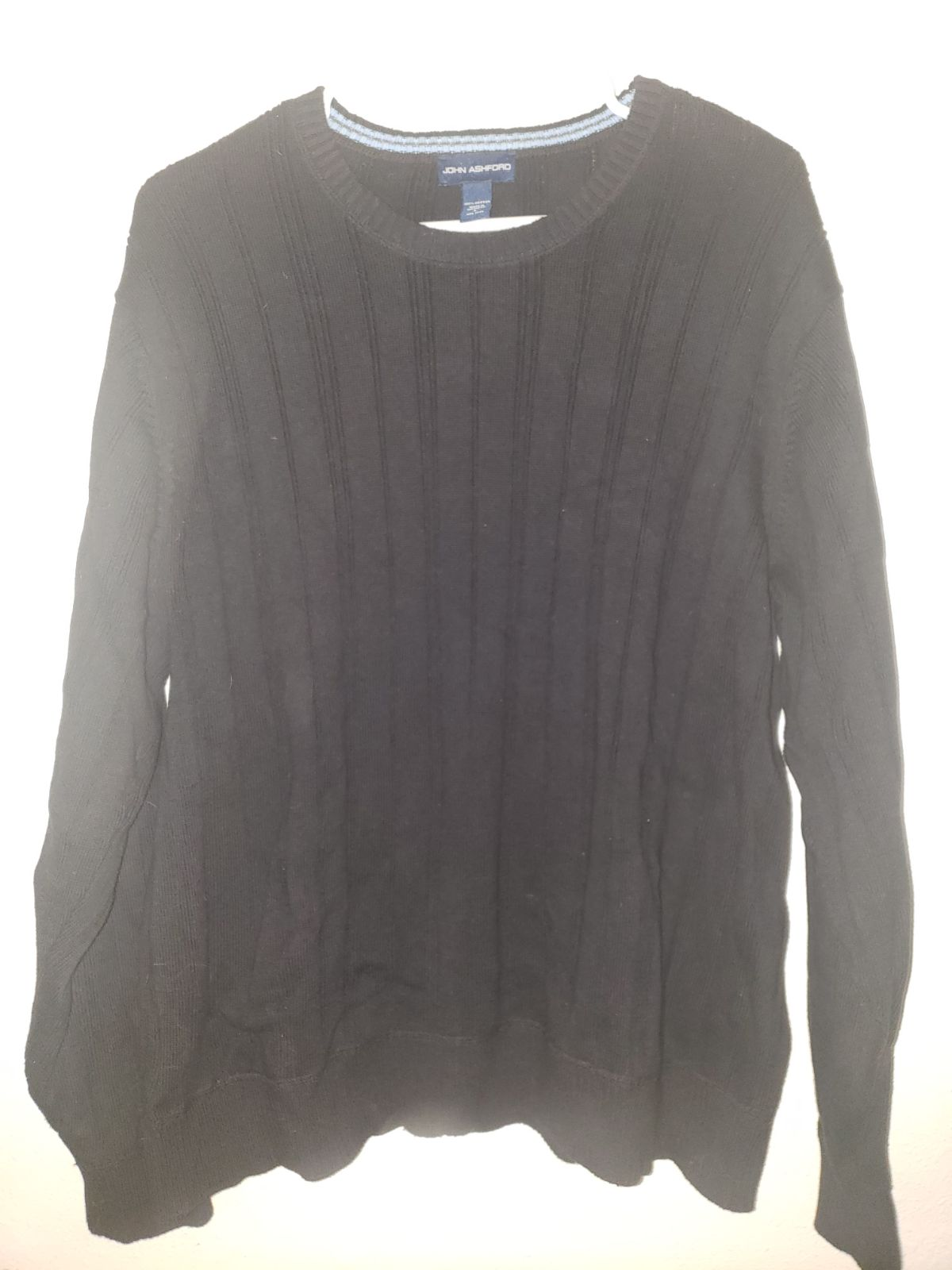 Mens john Ashford large black Sweater