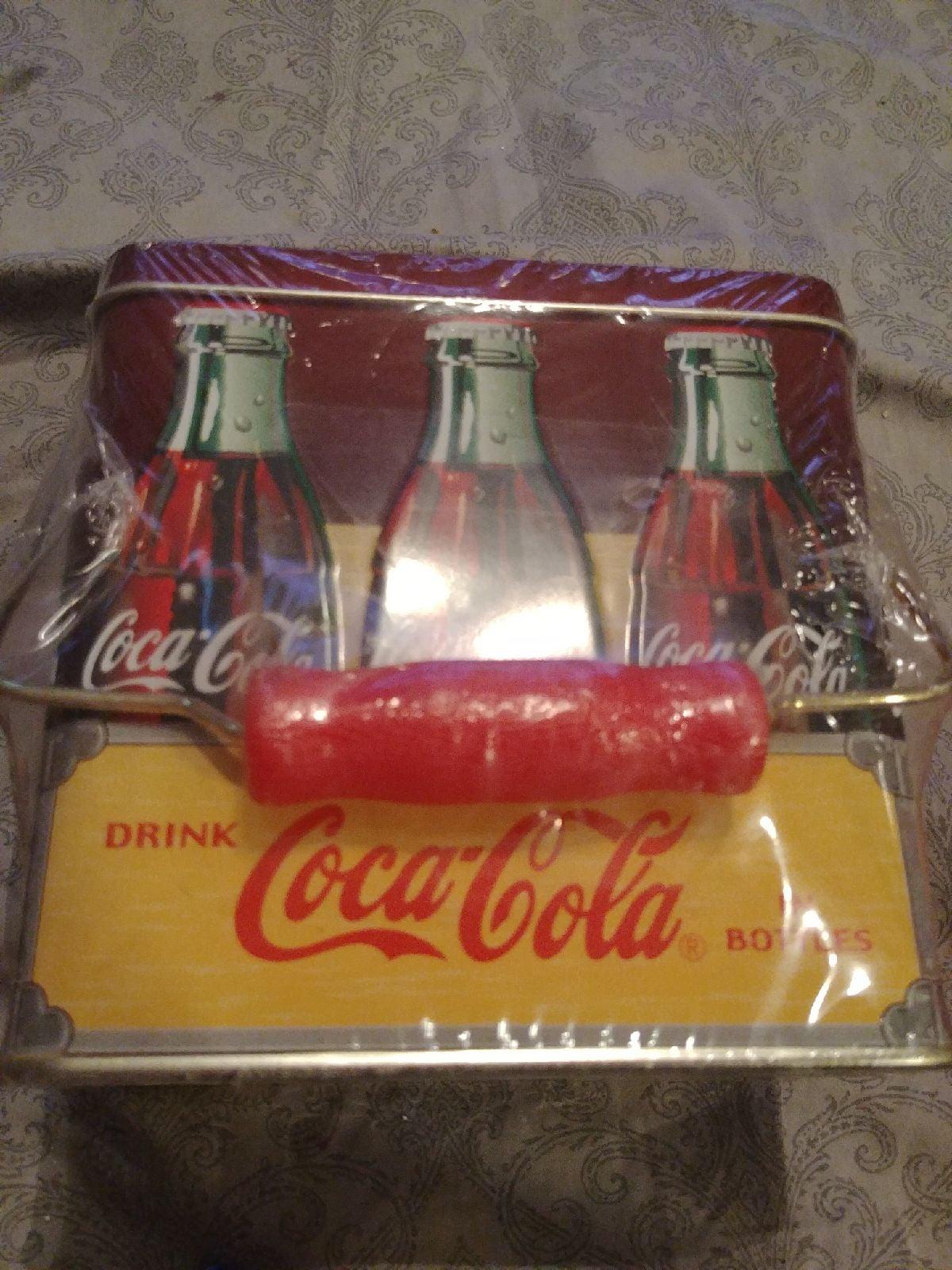 Coca Cola 6 Pk Bottle Tin with Handle