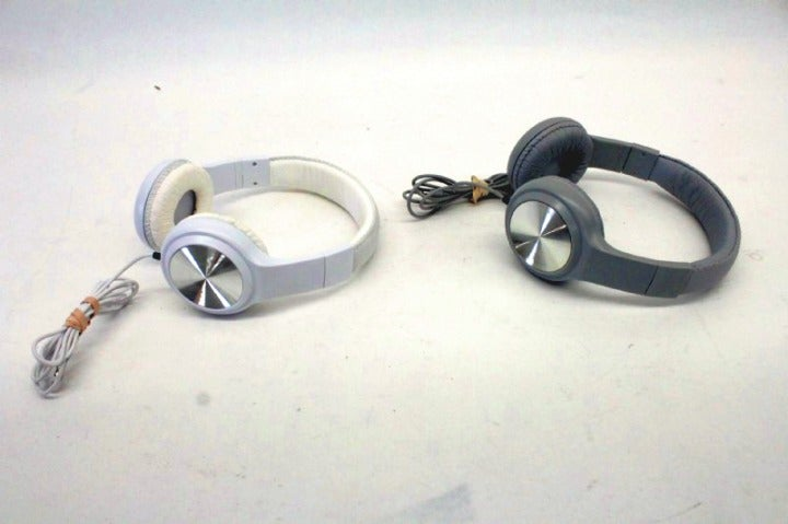 2 Headphones and Microphone