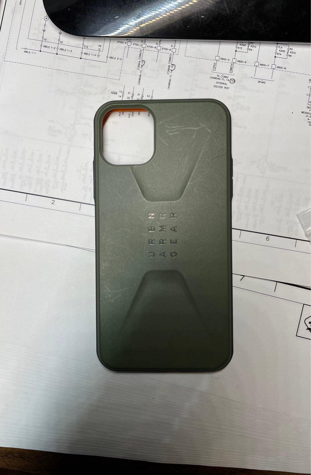 Iphone 11 Pro Max UAG Civilian case