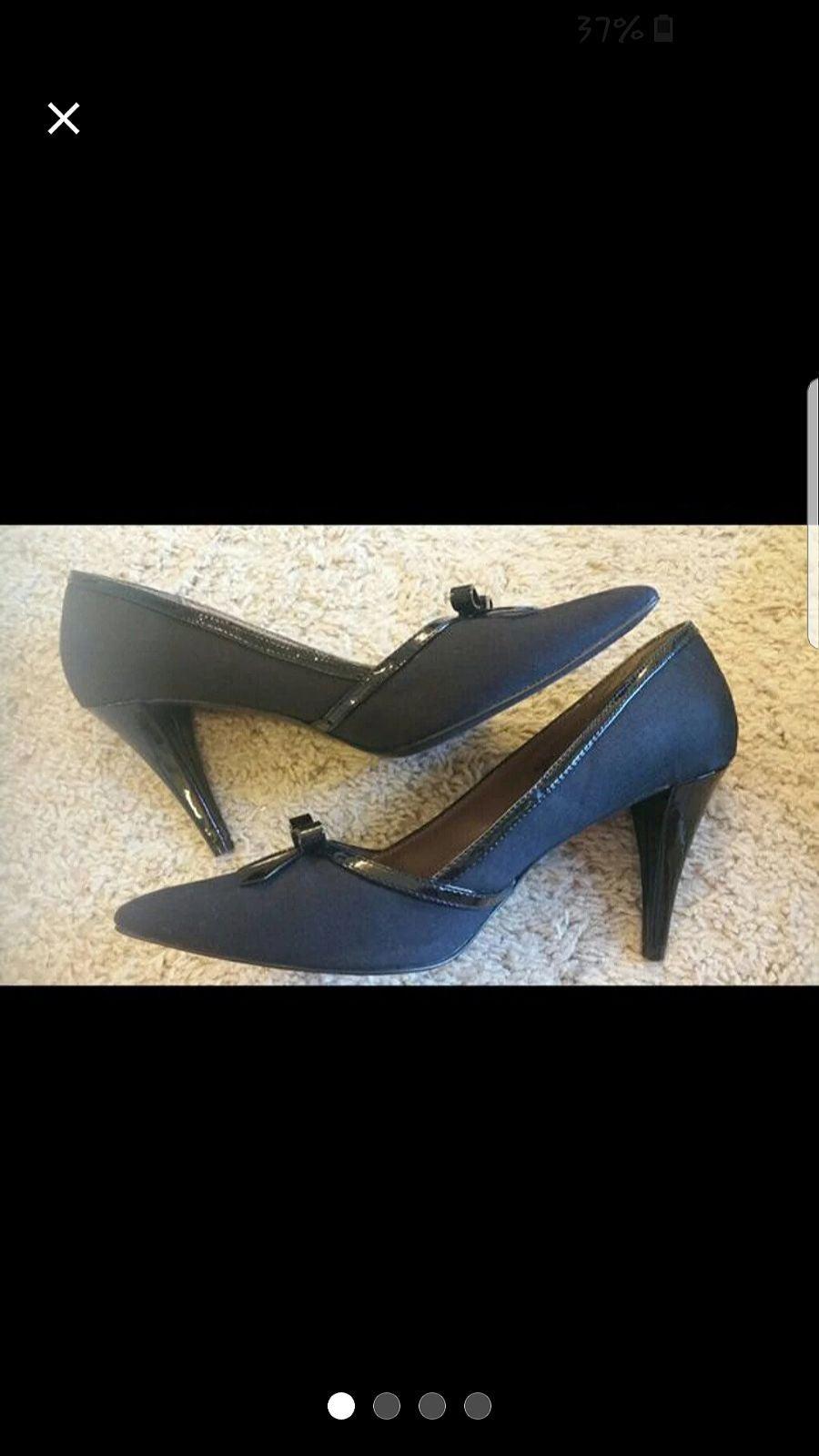 Tahari heels, size 9