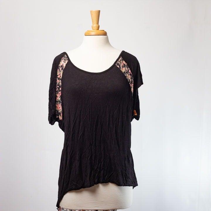 Annabelle Asymmetrical Floral Shirt 2X