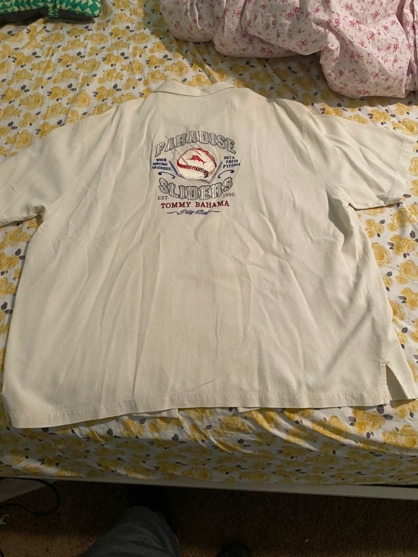 Tommy bahamas silk shirt