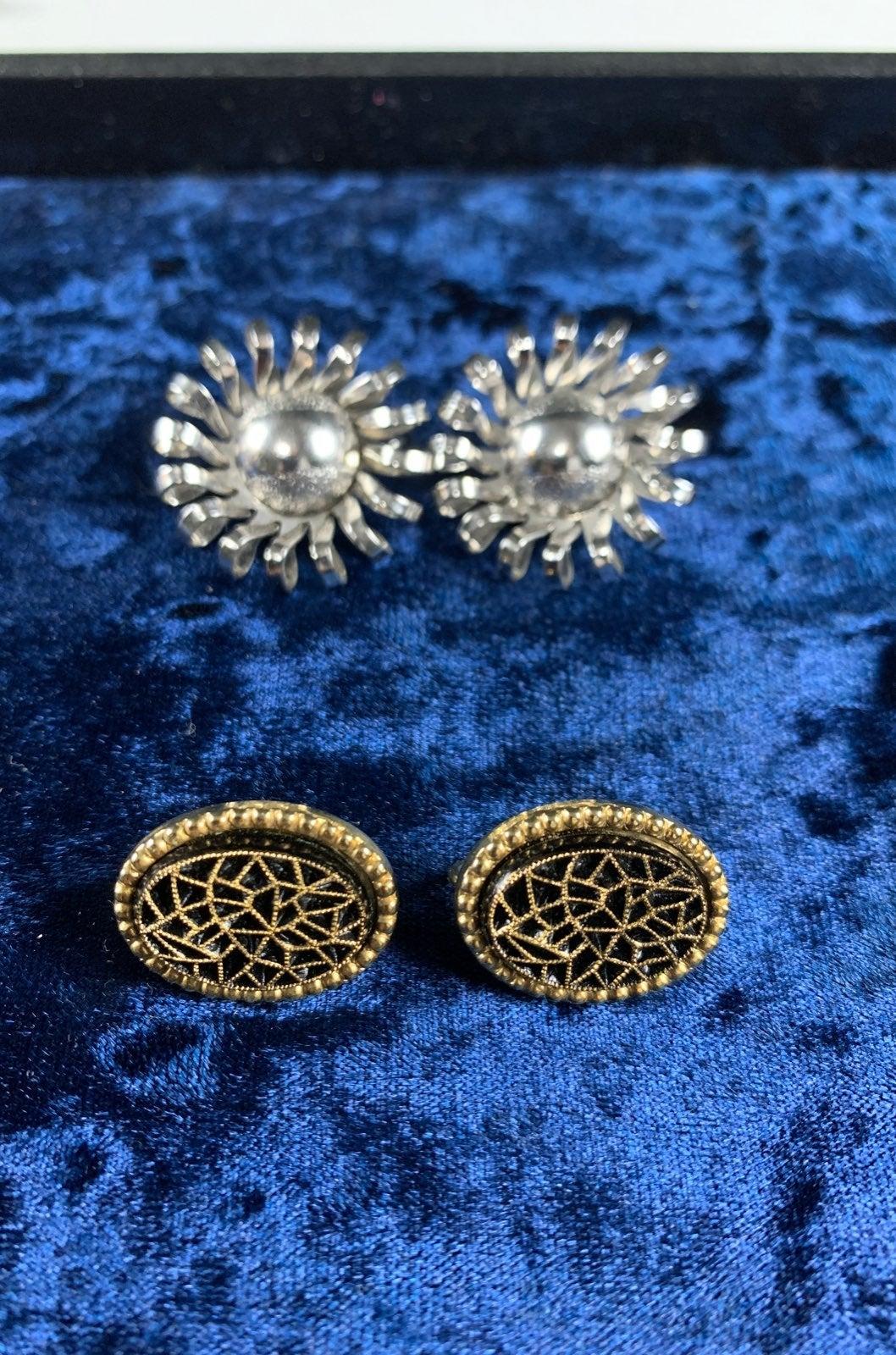Vintage Emmons clip on earrings