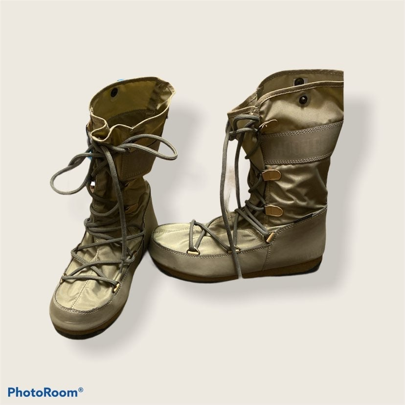 Boots MOON BOOTS woman size 8